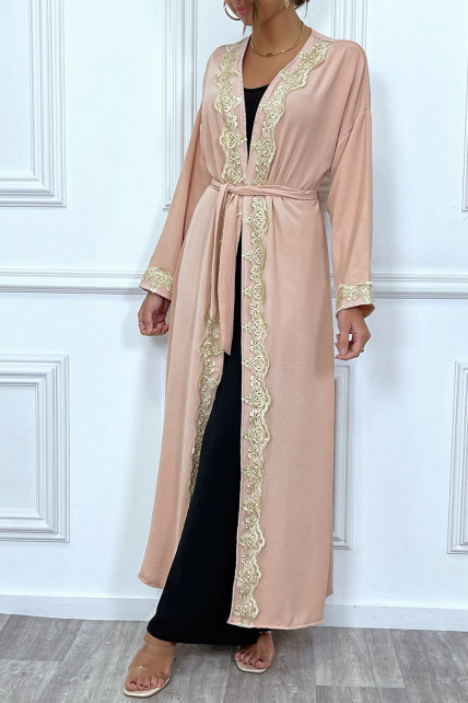 Kimono long ceinturé style abaya rose avec broderie doré