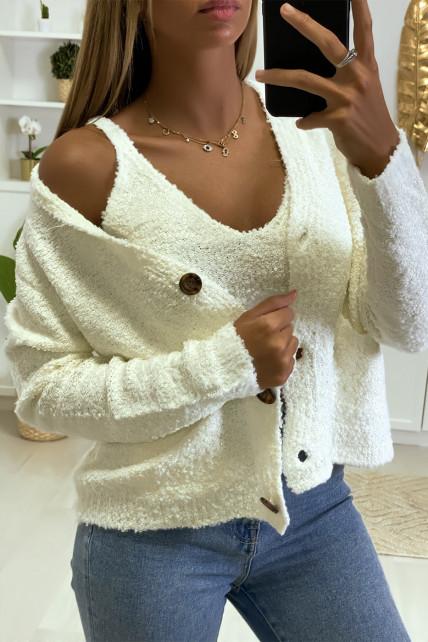 Gilet et débardeur blanc en matière tricot chenille bien chaud