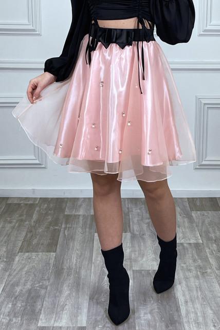 Jupe rose en tulle coupe évasée à perles