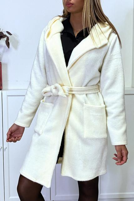 Veste dufteux en blanc avec poches ceinture et capuche
