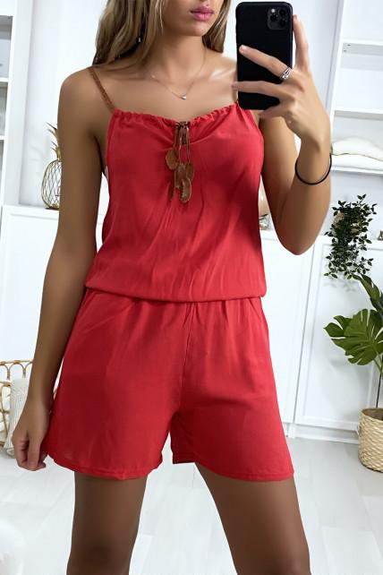 Combi-short rouge en coton avec lacet au bretelle et noeud au col
