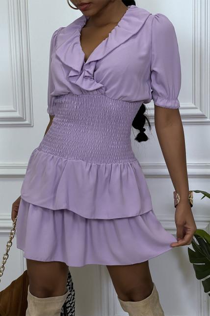 Robe lila croisé au buste cintre avec élastique à la taille et volant