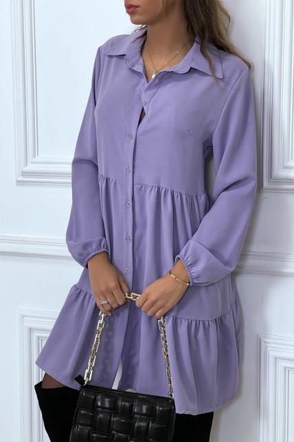 Robe chemise violette à volant et boutons
