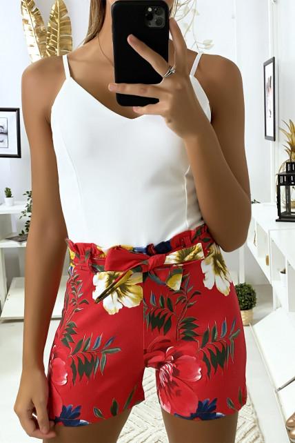 Combi-short rouge à motif fleuris avec bretelles