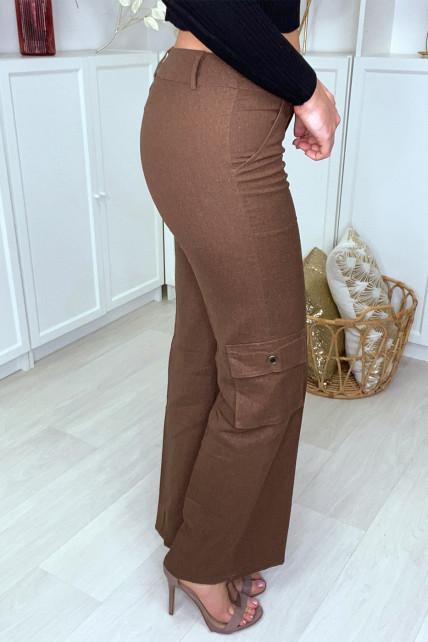 Pantalon cargo marron facon lin avec poches