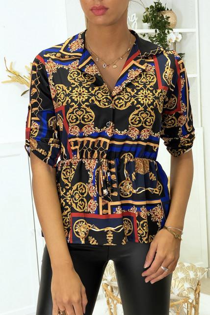 Blouse motif grande marque avec col chemise et élastique à la taille