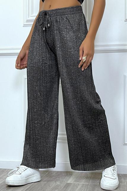 Pantalon palazzo noir fluide et  plissée