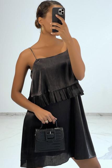 Petite robe fluide satinée noir