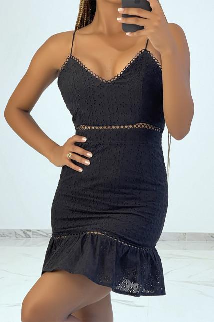 Mini robe noire ajourée avec détails broderie