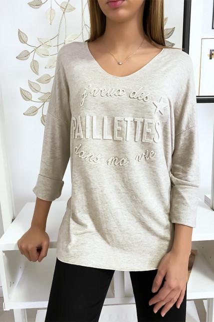 """Pull en tricot doux en beige avec écriture bombé """"je veux des paillettes dans ma vie"""""""